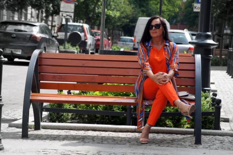 Trend lata-pomarańczowy len