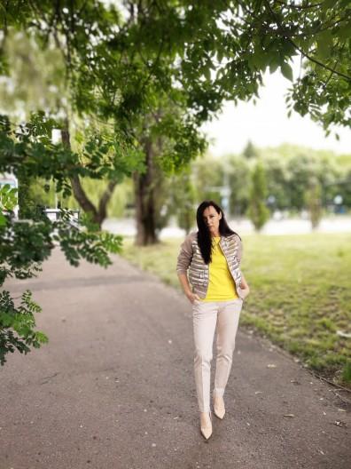 Żółta bluzka 8